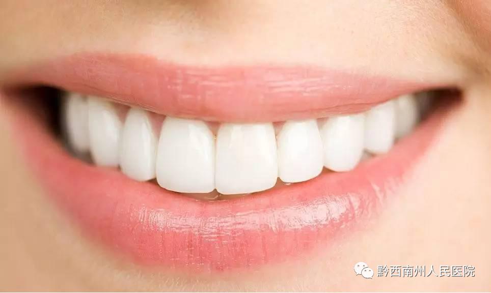 """牙齿——身体健康的""""晴雨表"""""""